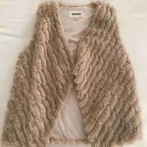 BB Dakota Faux Fur Vest (w/ pockets)